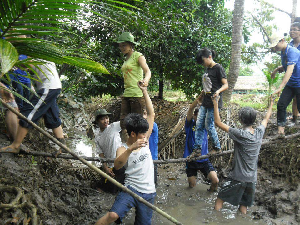Trải nghiệm bắt cá tại Vườn Ông Mười