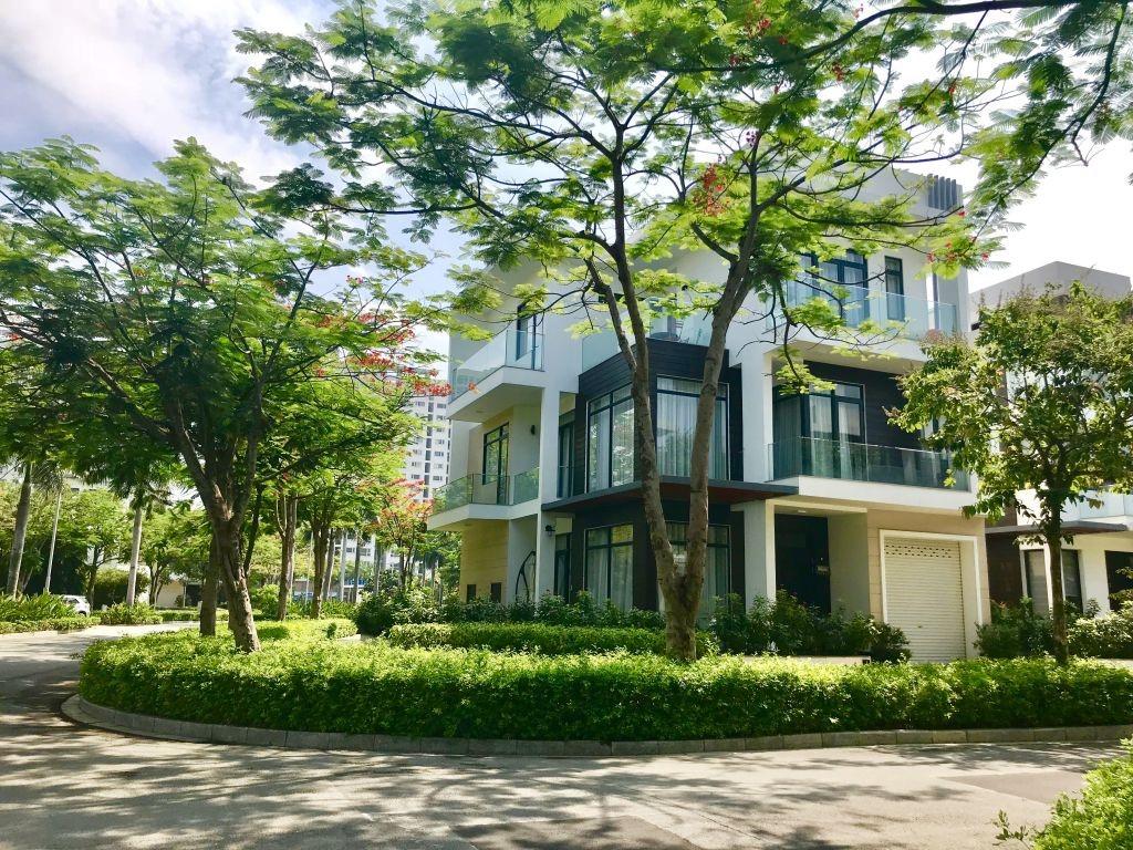 Không gian khu biệt thự compound lucasta villa